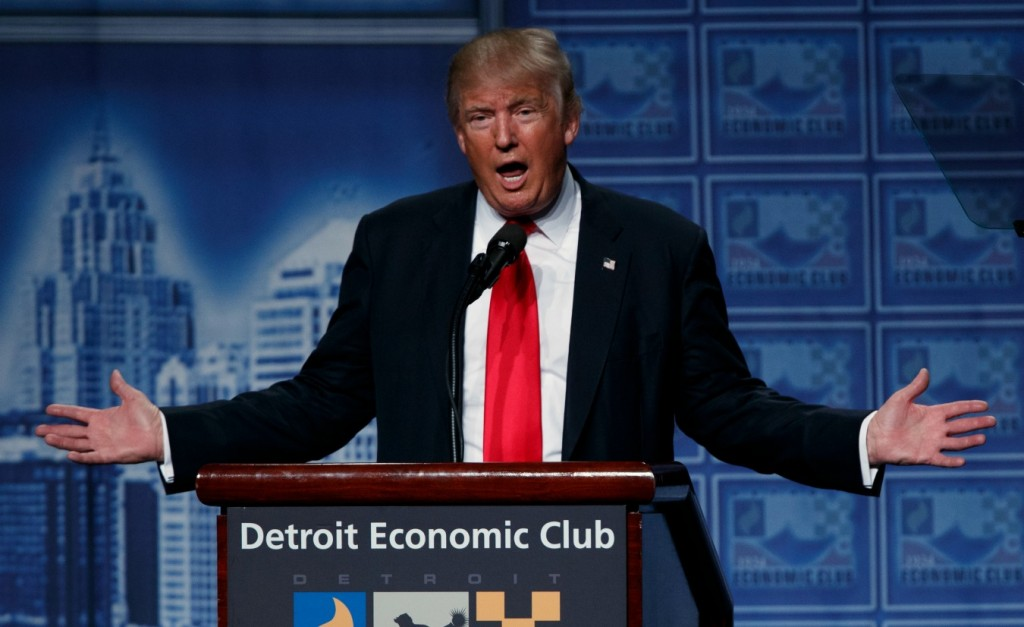 Republican presidential candidate Donald Trump delivers an economic policy speech to the Detroit Economic Club on August 8, 2016.