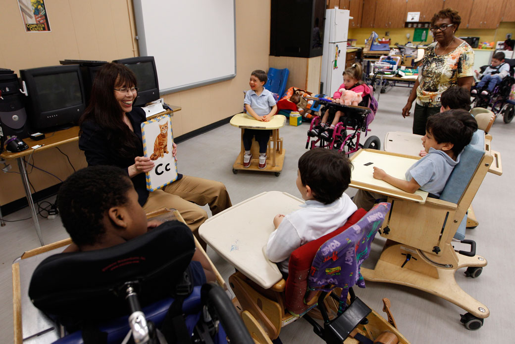 teaching students with disability Here are a collection of effective teaching strategies for students with intellectual disabilities read on to learn more about hands-on learning, play-based teaching.