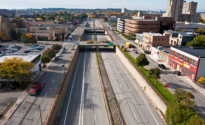 <strong>The Inner Loop East during rush hour 2014</strong><br />PHOTO COURTESY OF THE CITY OF ROCHESTER