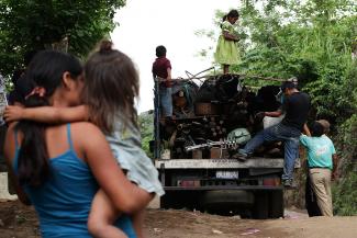 Un plan para abordar la situación de los refugiados Centroamericanos a medio y largo plazo