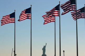 Soñadores LGBTQ temen la deportación, por lo que necesitan protecciones de DACA