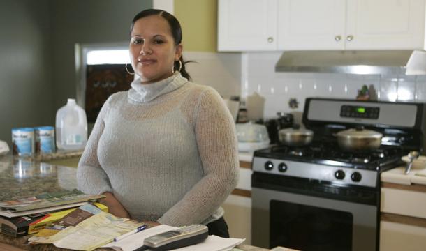 Single mothers struggle survive essay