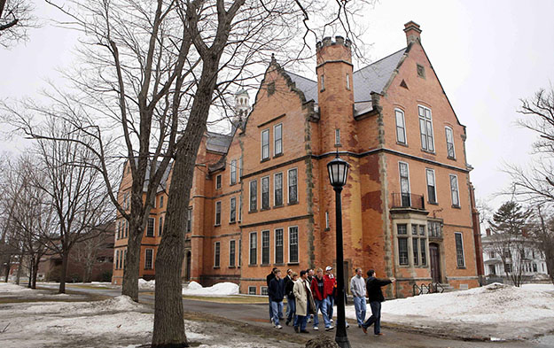 Prospective students and their parents tour the campus of Bowdoin College in Brunswick, Maine, in 2009.