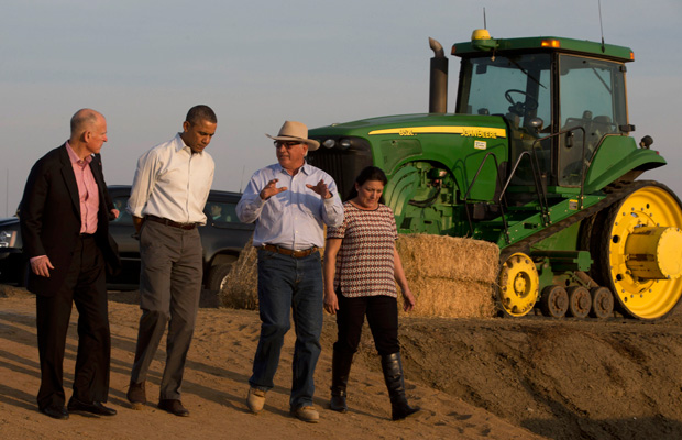 President Barack Obama tours a local farm with California Gov. Jerry Brown (D), Joe Del Bosque, and Maria Gloria Del Bosque of Empresas Del Bosque, Inc., in Los Banos, California, Friday, February 14, 2014, regarding the drought.