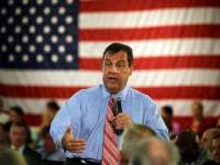 New Jersey Gov. Chris Christie (R) addresses a gathering at a town hall meeting