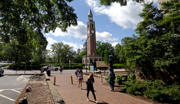 Students on campus at The University of North Carolina in Chapel Hill, North Carolina, April 2015.