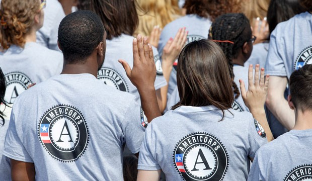 Volunteers are sworn into the AmeriCorps national service program.