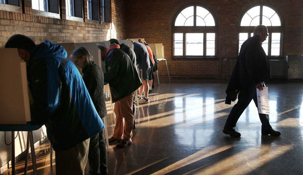 Wisconsin voters cast their ballots in the state's primary on April 5, 2016, in Milwaukee.
